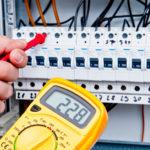 électricité - tension tableau électrique